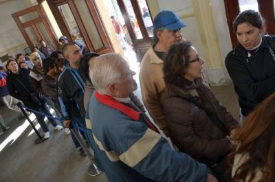 """Tarjeta """"escándalo"""": ahora Transpuntano decidió cobrarla"""