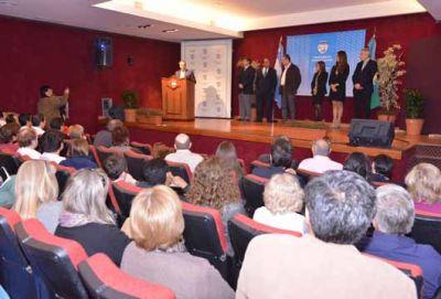 Cariglino inauguró el Ciclo de Residencias Médicas