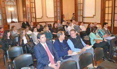 Secretarios de Hacienda debatieron sobre los nuevos tributos establecidos en la provincia