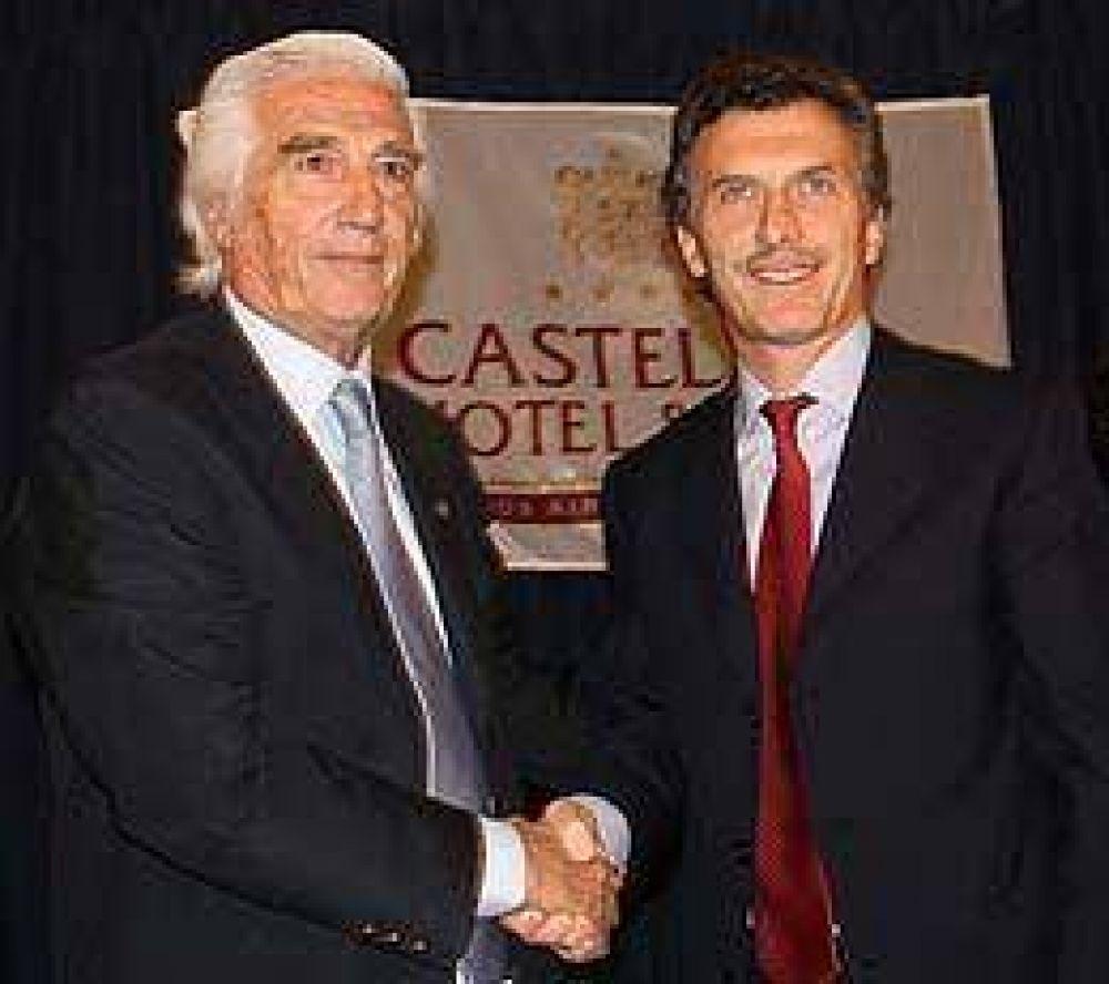 """Macri le retrucó a Kirchner y dijo que si el oficialismo pierde, el país """"explota de alegría"""""""