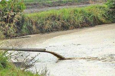 Alerta roja por dos ingenios que acumulan más de dos millones de litros de vinaza