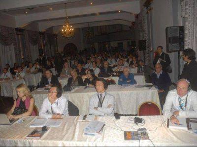 Comenzó el seminario internacional de litio