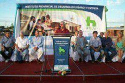 Las 62 Organizaciones proponen a Enrique Paredes para diputado provincial