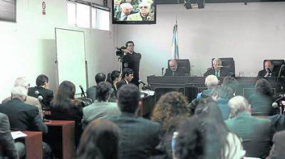 Armas: condenaron a Menem a 7 años y pidieron su desafuero