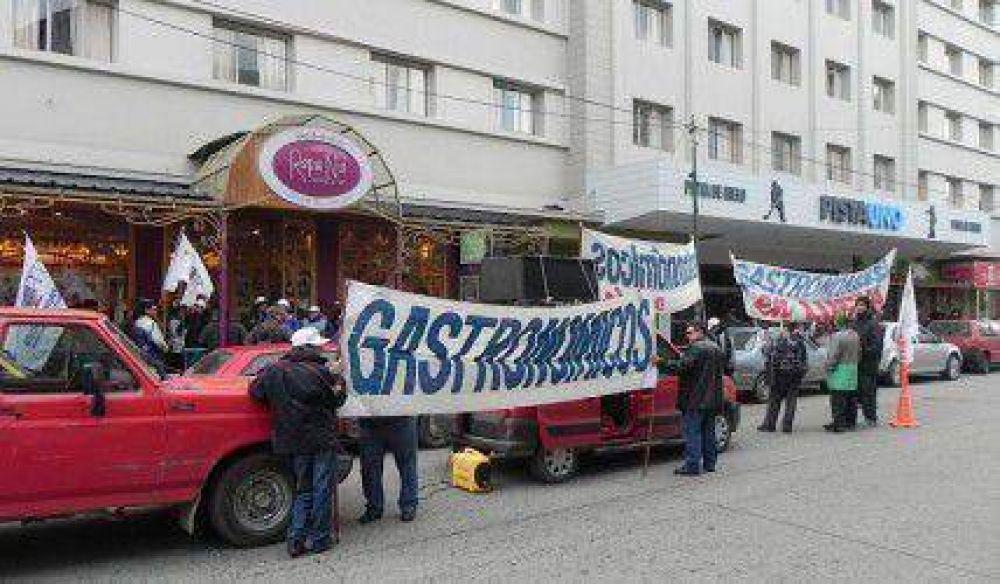 UTHGRA reclama a dueño de local las indemnizaciones por cierre de Frawen's