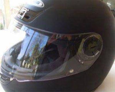 Ahora los cascos para todos costarán 70 pesos