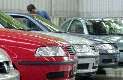 Cayeron un 4,36% las ventas de autos usados en TDF