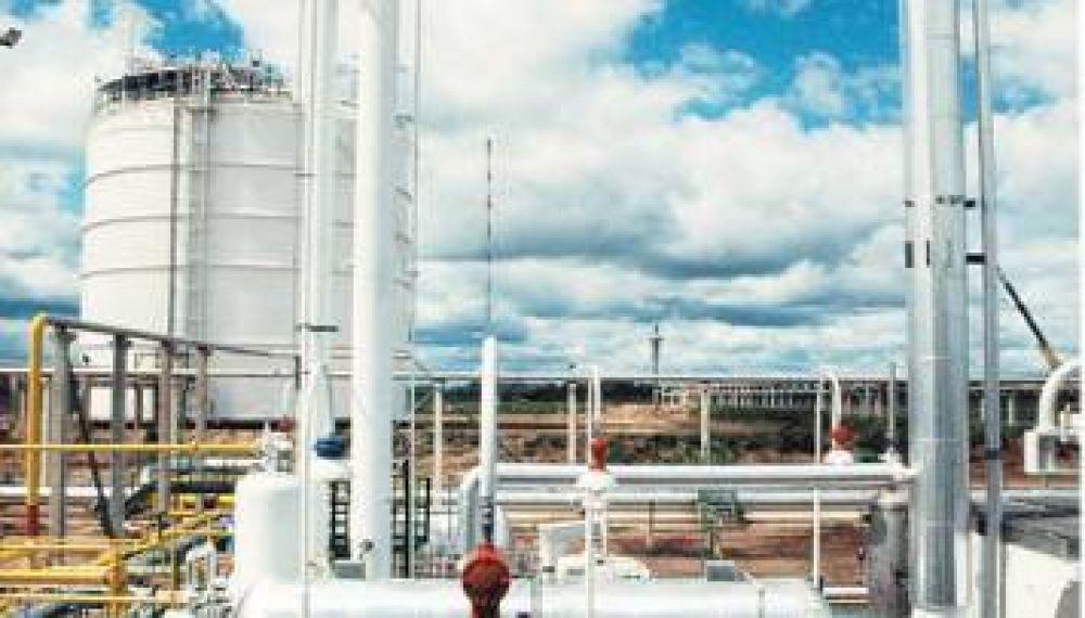 Un conflicto gremial paraliza la producción de empresas químicas