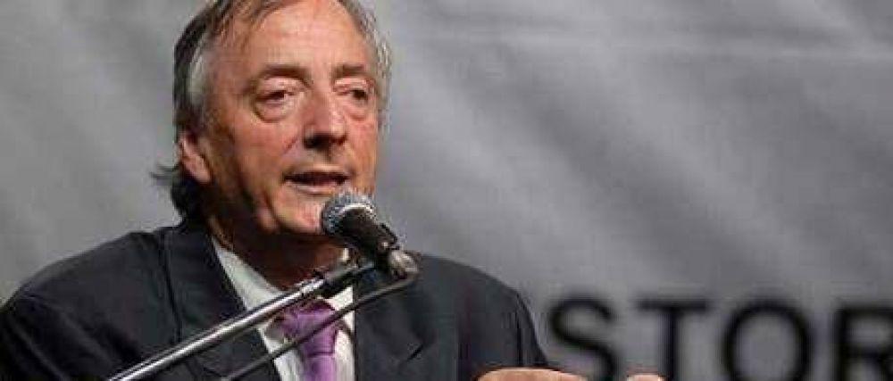 "Denuncian a Kirchner por ""instigación a la violencia"""