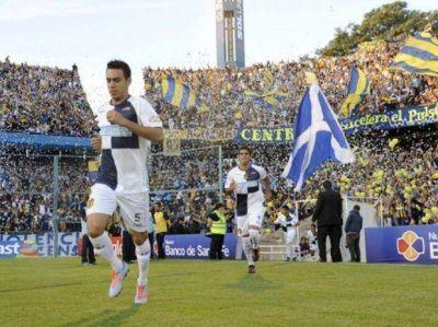 Surgieron diferencias en el nuevo contrato de Nery Domínguez con Central