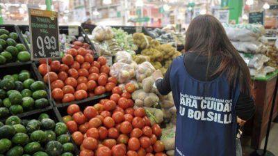 """Comodoro empezó a """"Mirar para Cuidar"""" el cumplimiento de los precios congelados"""
