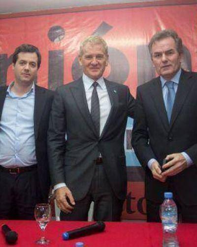 Scioli y Randazzo intentan frenar el avance de La Cámpora en la Sexta Sección