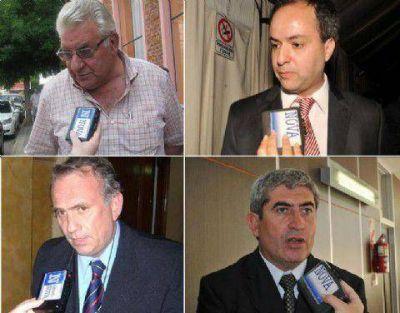 Entre el reclamo de intendentes, la interna radical y la espera por Massa