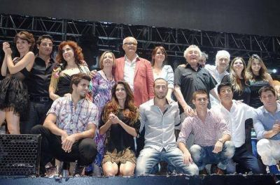 Telefe transmite y domina los premios Martín Fierro 2012