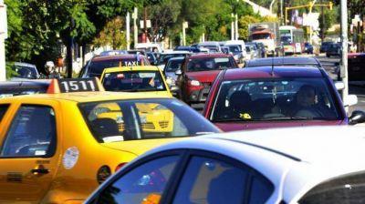 Piden limitar estacionamiento en Martinoli