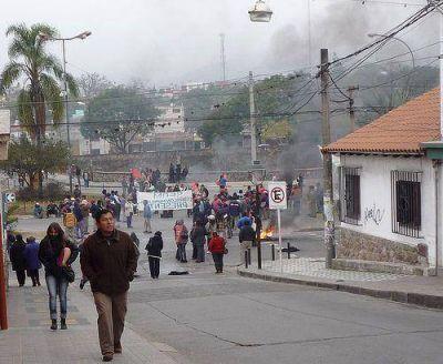 Fuerte protesta de los gremios estatales en Jujuy