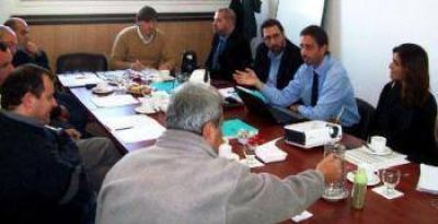 En Santa Fe elaboran un plan de desarrollo portuario