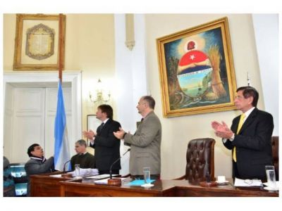 En nueva sesión, ediles conmemoraron el Bicentenario de Paraná