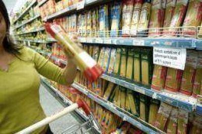 Con un balance positivo, se cumple un mes del congelamiento de precios de 500 productos