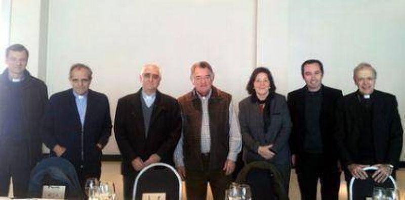 Barrionuevo agasaj� a participantes de la Semana Social Mar del Plata