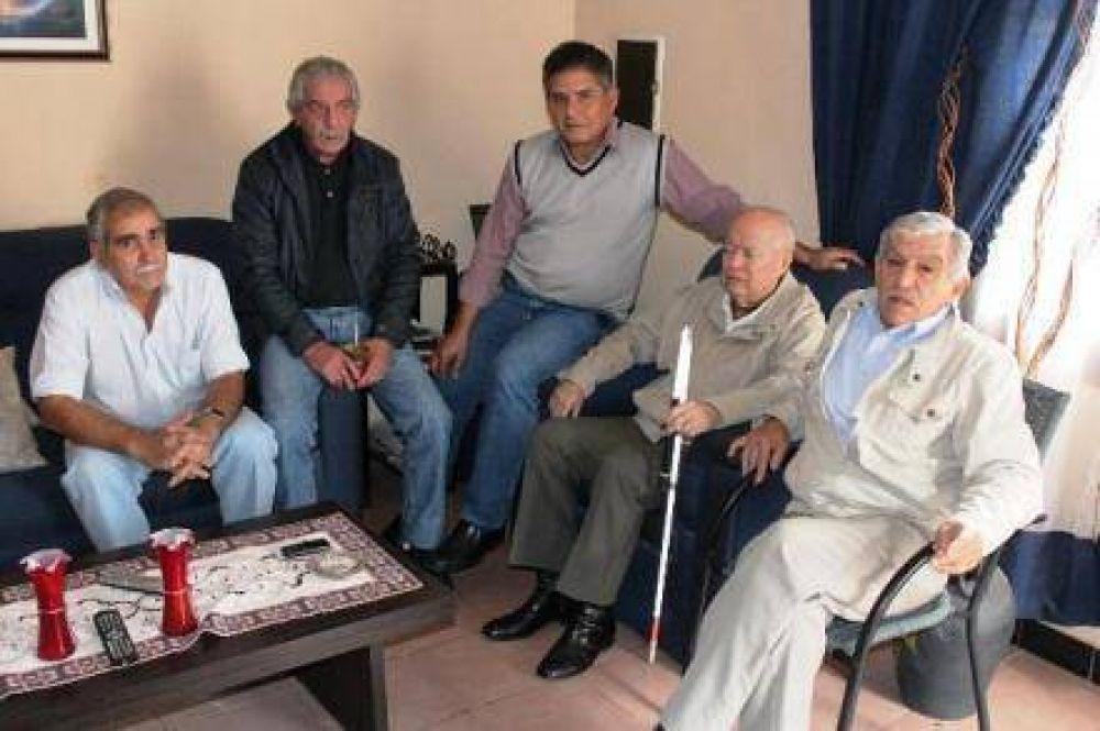 Familiares de conscriptos caídos el 5 de octubre crticaron a senadores de la UCR por impedir indemnización