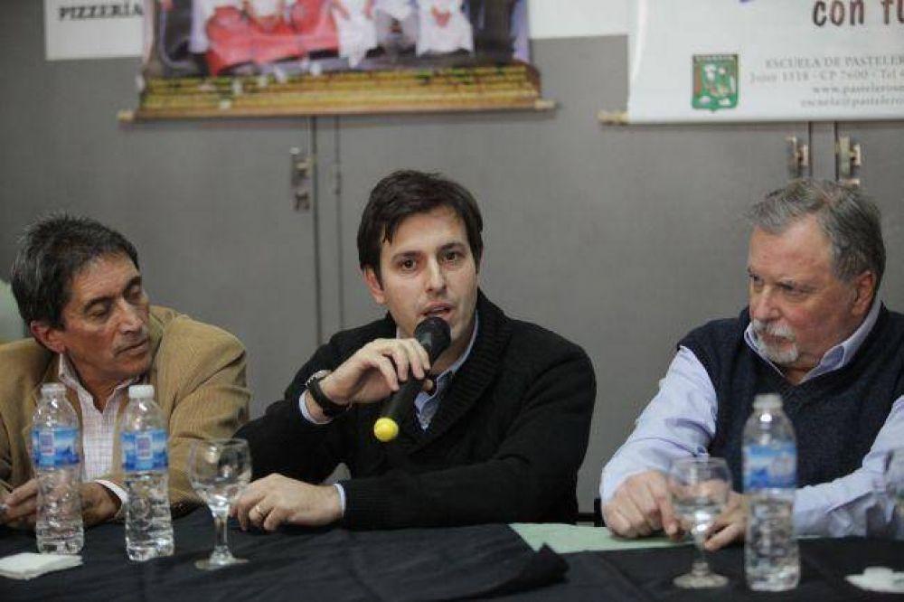 """Ocho marplatenses participan de la tercera edición del Programa """"Jóvenes con Futuro"""""""