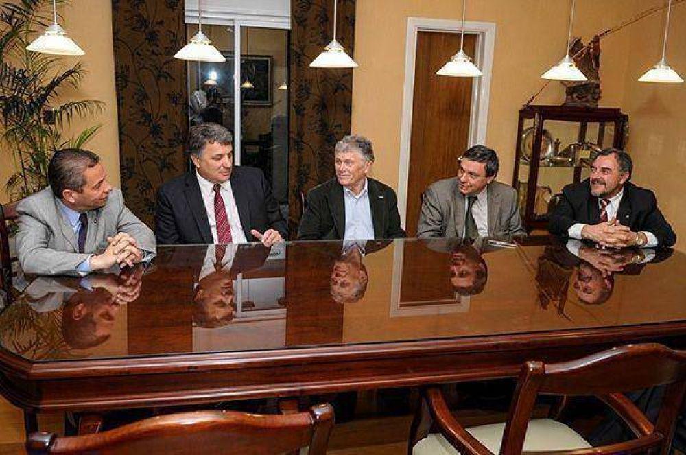Fellner anunció la creación del primer centro del país para la investigación y desarrollo del litio