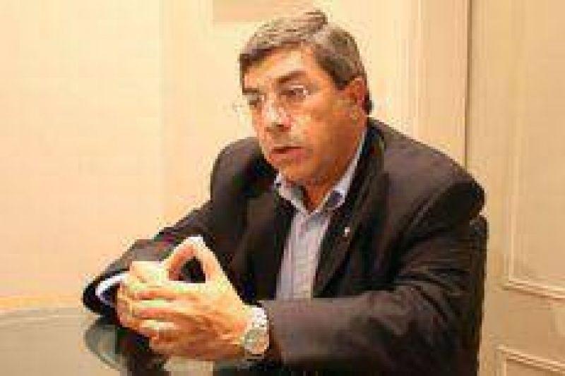 A horas del fallo de la Justicia Electoral, Carlos Fernández confía en su victoria