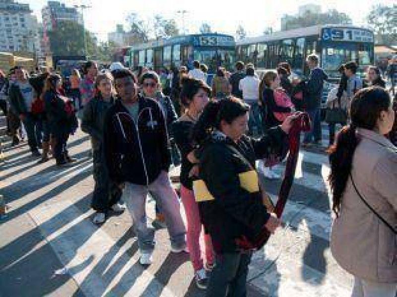 El paro de trenes complica el regreso a casa a m�s de 800 mil usuarios