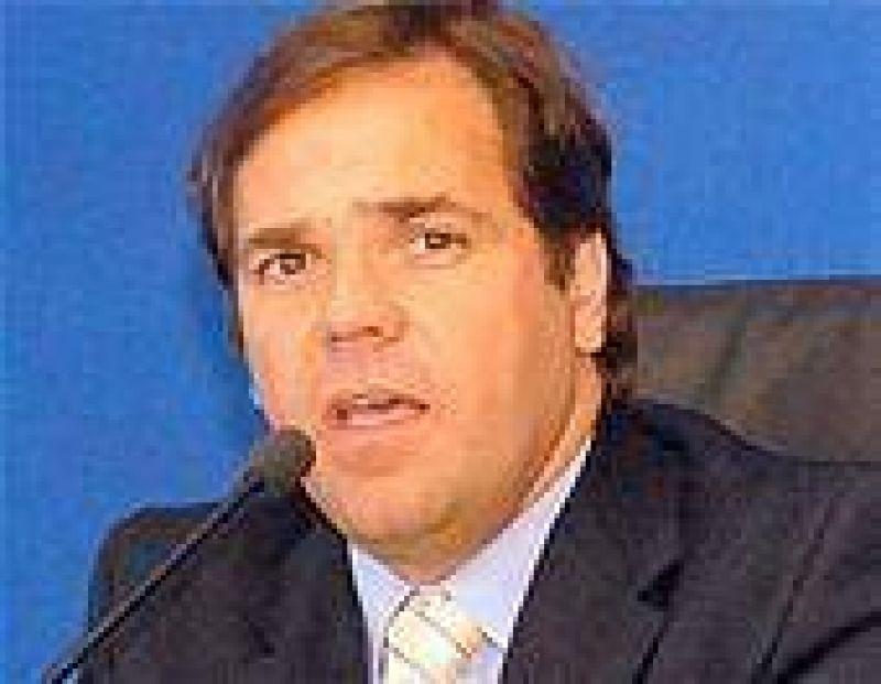 """P�rez: """"Si gana la oposici�n vuelven las recetas de los '90"""""""