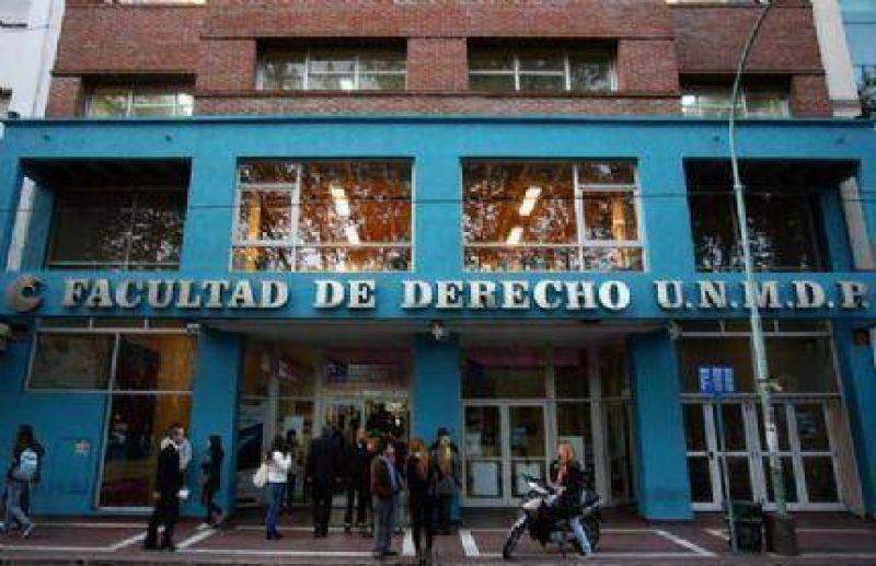 Trabajadores Universitarios realizar�n una protesta frente a la Facultad de Derecho