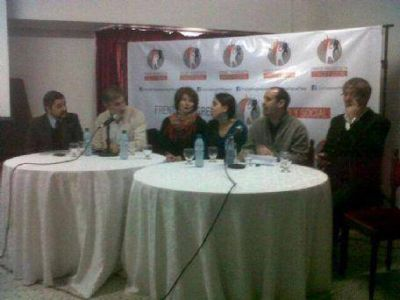 El Frente Cívico y Social presentó sus candidatos en La Plata