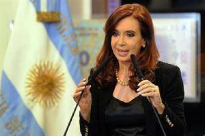 """Cristina Kirchner defendió el reemplazo de Colón por Azurduy: """"No es una decisión caprichosa"""""""