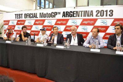El Gobernador Zamora junto al Ministro Meyer presentaron el Test Oficial del Moto GP