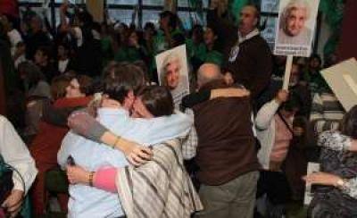 Hubo alivio y festejo por la condena a represores