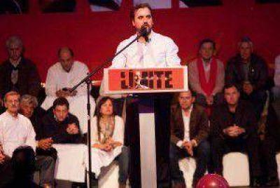 """Emiliano Giri: """"Nos piden compromiso y eso es lo que yo tengo"""""""