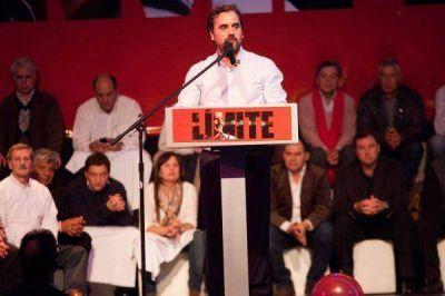 """Giri encabezó el lanzamiento de """"Unidos por la Libertad y el Trabajo"""""""
