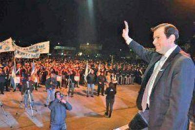 Zamora encabezó los festejos por el 101º aniversario de Añatuya