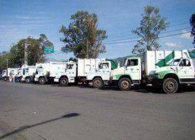 Por el paro de camioneros en Jujuy: Desde hoy domingo a partir de las 21 hs. Limsa suspenderá la recolección de residuos durante 24 hs
