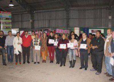 """En el Centro Cultural """"Manuel Belgrano"""" se llevó a cabo la Expo Empresa Juvenil 2013 """"Formación de cultura emprendedora"""""""