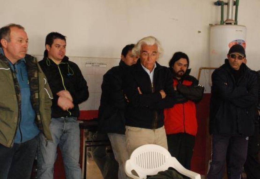 Un grupo de obreros pidió a la provincia que se dé marcha atrás con la expropiación de Vieira
