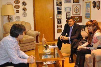 Rossi se reunió con representantes de la APOC