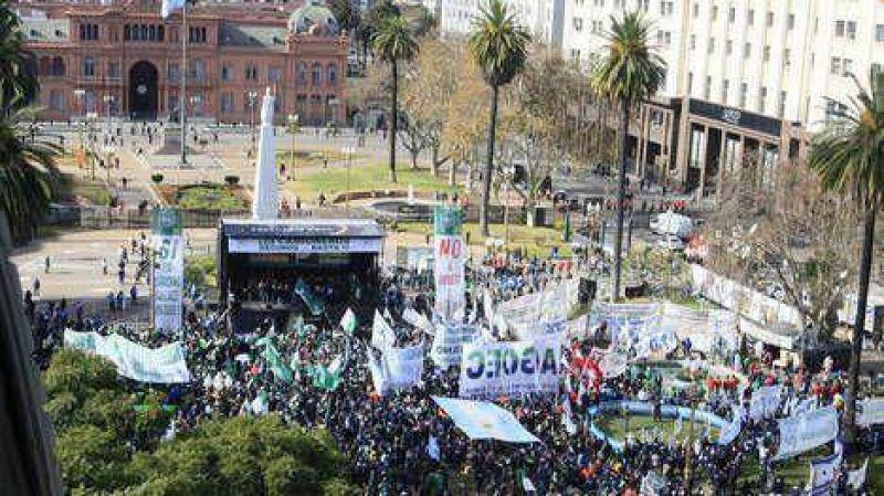 Moyano reclam� por Ganancias y carg� contra Cristina: �En octubre no volvamos a equivocarnos�