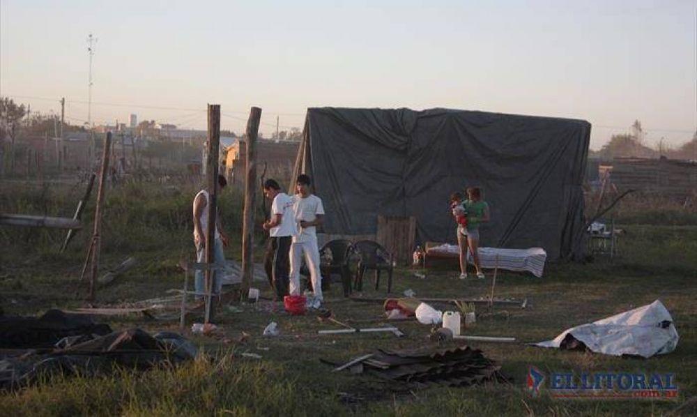 Okupas de distintos asentamientos piden seguridad y asistencia