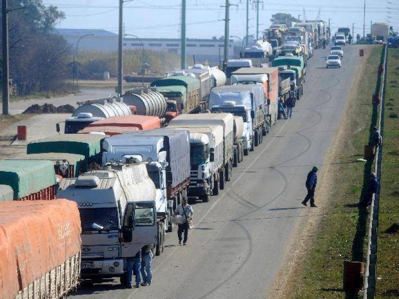 La protesta de Camioneros se sintió en las rutas de Santa Fe