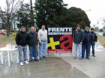 El Frente Renovador recorrió el Barrio Escuela 18