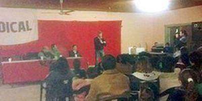 En campaña: El diputado Buryaile visitó El Colorado