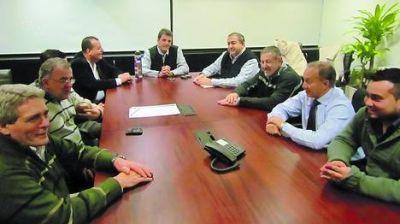 Massa sale a pelear los votos en el interior de la Provincia