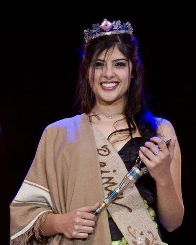 María Belén Quinteros, de Valle Viejo, es la nueva Reina del Poncho 2013