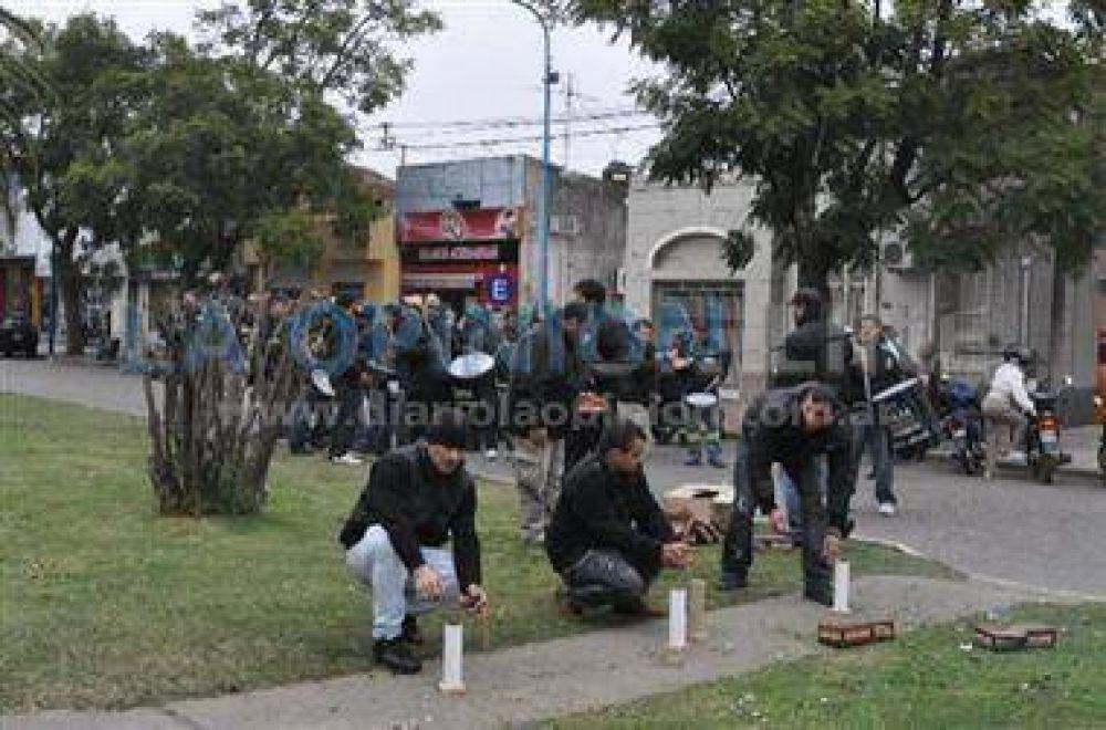 Ruidosa protesta de un sector de la UOCRA